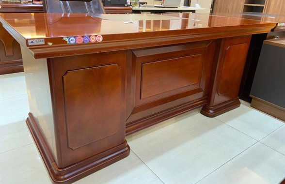 Office table, Office table Price in Karachi, Office table Price in Pakistan